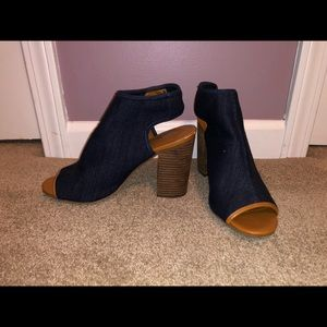 Cato shoes, size 10